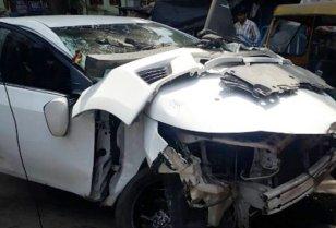 mangled car 1